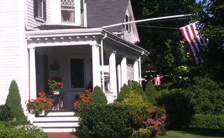 Geranium porch 060710