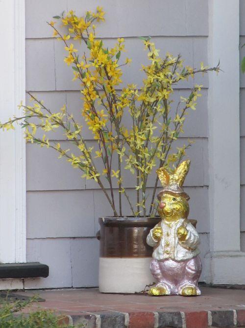 Golden bunny 040412