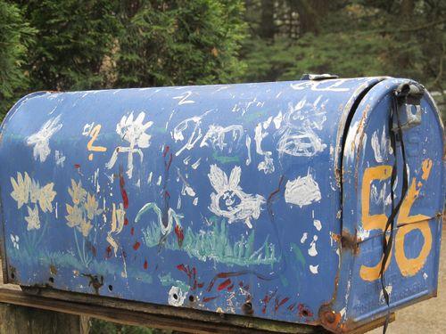Blue mailbox lincoln 042112